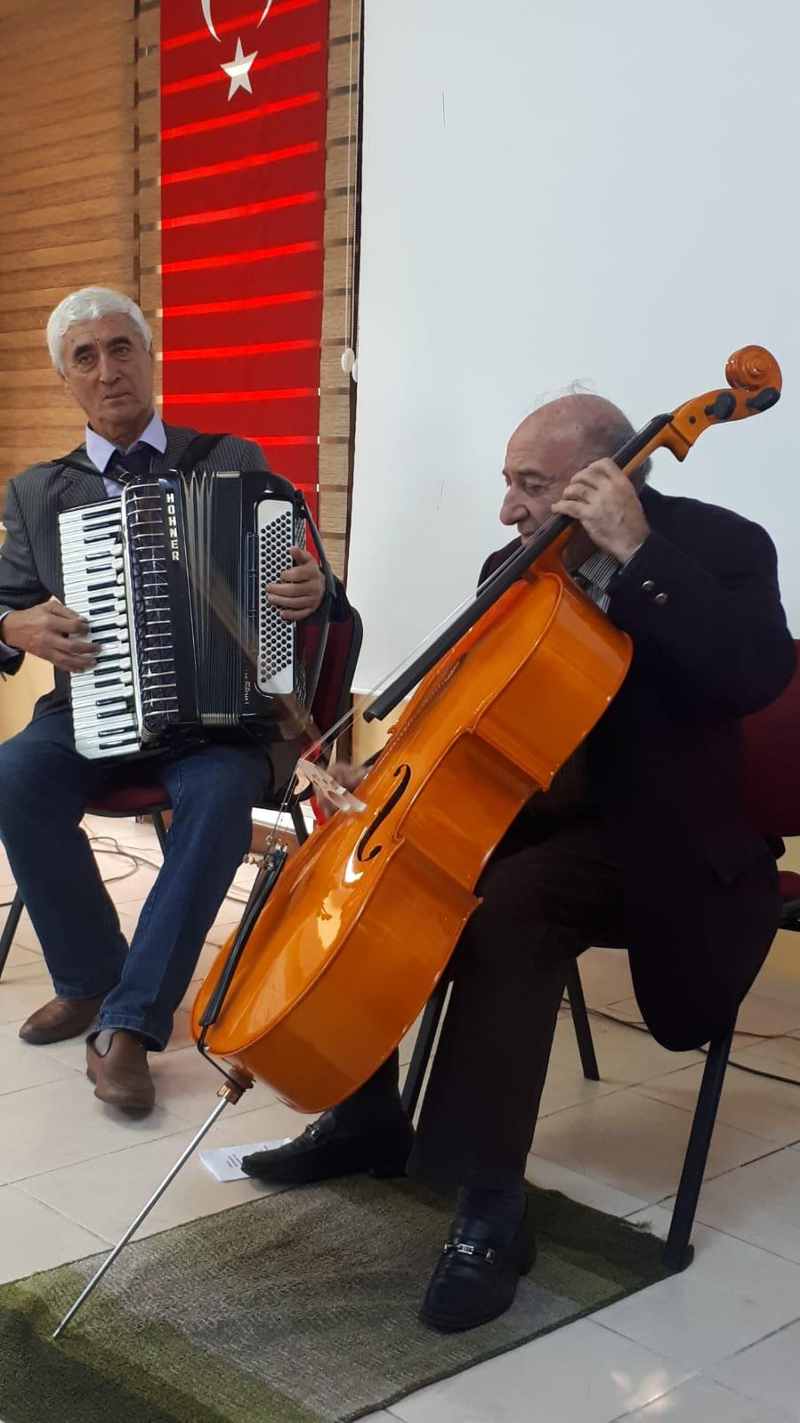 Akordeon ve Çello Müzik Dinletisi