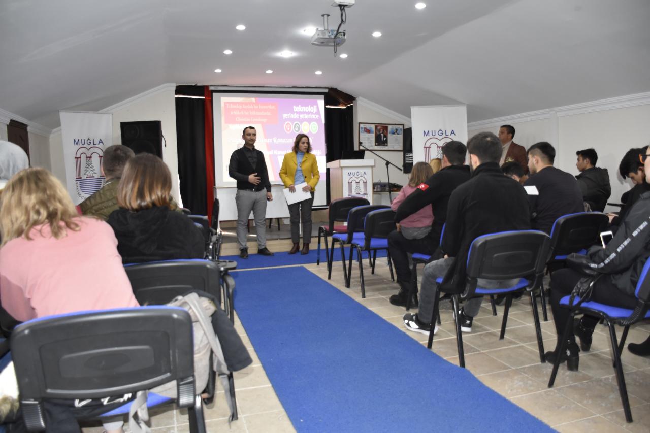 Köyceğiz Meslek Yüksekokulu Müdürlüğü öğrencilerine Teknoloji Bağımlılığı semineri verildi