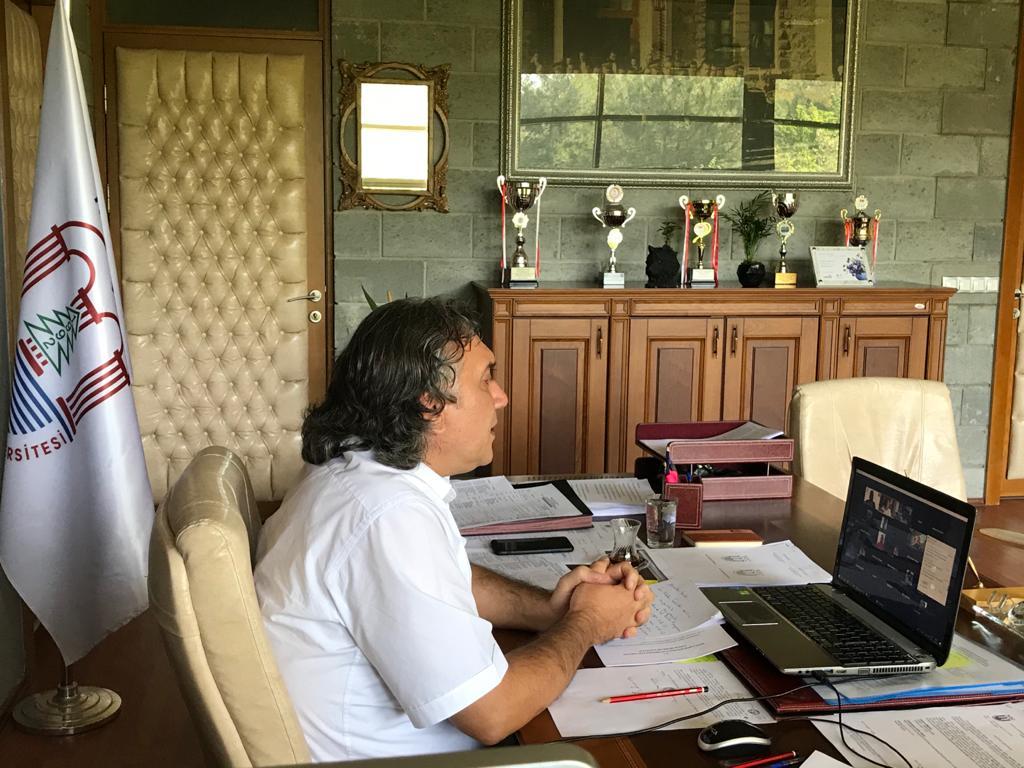 Spor Bilimleri Fakültesi Tanıtımı ilk kez online olarak yapıldı...